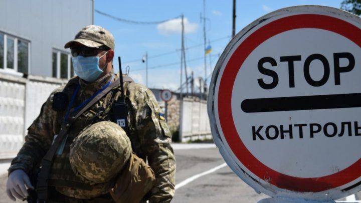 Журналист Гармаш сообщил, что наследующей неделе Украина может открыть все КПВВ наДонбассе