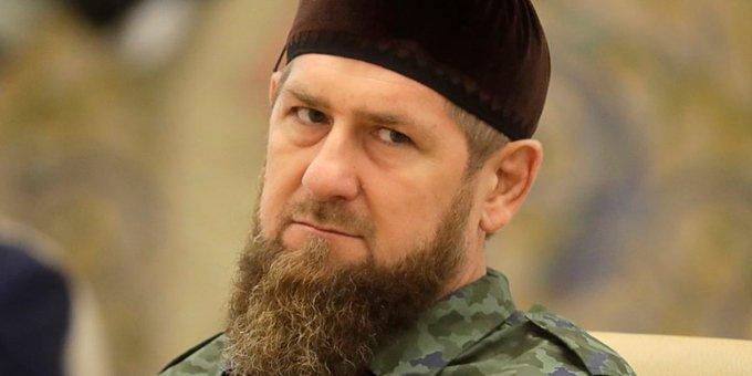 Кадыров требует отЗеленского «подтвердить свои извинения» иположить конец войне навостоке Украины