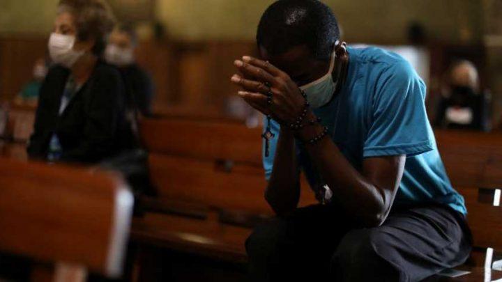 Количество умерших откоронавируса вБразилии превысило 65 тысяч человек