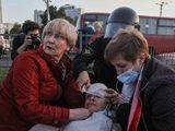В Беларуси новые протесты и жестокие задержания