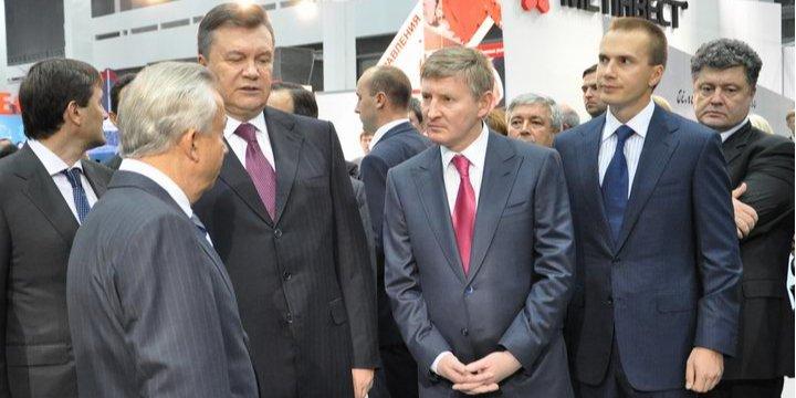 Главное оподозрительных деньгах Фирташа, Коломойского, Клюева, Януковича иКоиз утечки данных финразведки США