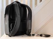 Google создала умный рюкзак за $200 для управления смартфоном жестами (фото)