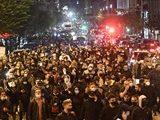 В Неаполе десятки тысяч итальянцев протестуют против карантина