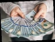 Присвоила $60 тыс.: Главу отделения банка объявили в розыск