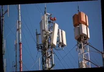 Минздрав позволил мобильщикам увеличить мощность вышек. Минцифры сообщило, вредно ли это