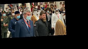 Уруского заметили рядом с Кадыровым на выставке оружия в ОАЭ: фото, видео и все детали скандала