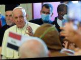 """""""Надо уважать и оберегать"""": Папа Римский о роли женщин в обществе"""