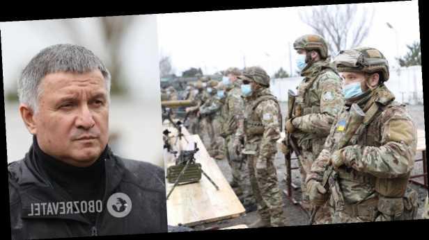 Аваков назвал стягивание войск РФ к Украине наибольшей угрозой с 2015 года