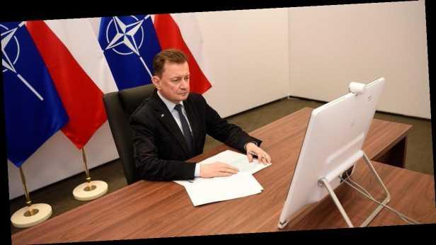 Путин хочет восстановить российскую империю, – глава Минобороны Польши