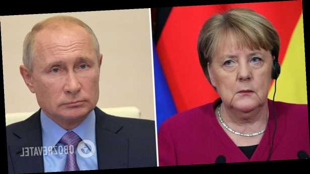 Меркель потребовала от Путина прекратить наращивать вооружение у границы с Украиной