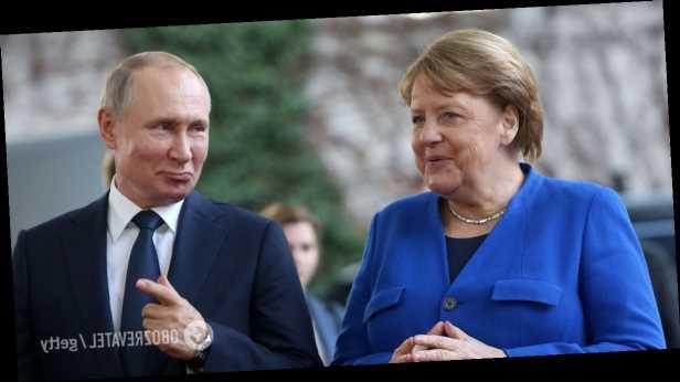 Путин с Меркель обсудили обострение на Донбассе: озвучены версии России и Германии