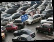 В Киеве проверят законность парковок вдоль магистралей Киева