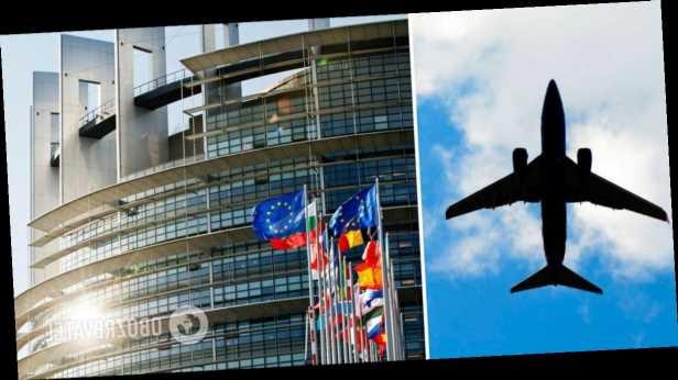Еще две страны ЕС открывают границы для туристов из Украины: названы даты