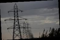 В Бразилии при протягивании ЛЭП упала электроопора, семеро погибших — СМИ