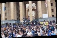 В Грузии начались протесты из-за смерти оператора