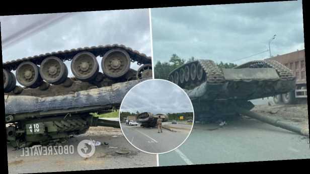 В России танк попал в ДТП: боевая машина свалилась с тягача. Видео