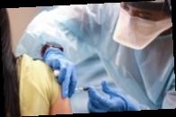 Жителям Нью-Йорка заплатят по $100 за прививку от коронавируса