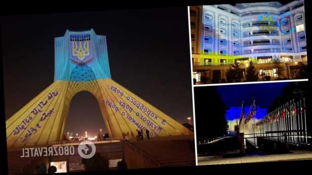 На День Независимости Украины мировые достопримечательности засияли в цветах украинского флага. Фото