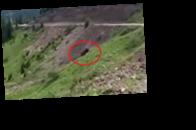 В Грузии авто сорвалось в овраг, погиб ребенок