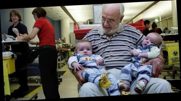 Александр Соколовский: Человек с уникальной кровью спас 2,4 млн младенцев: неимоверная история Джеймса Харрисона