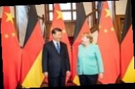 Меркель и Си Цзиньпин обсудили Афганистан