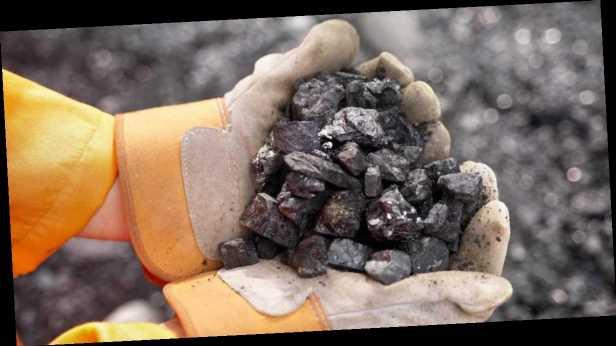 Минэнерго: запасы угля на ТЭС превысили 810 тысяч тонн