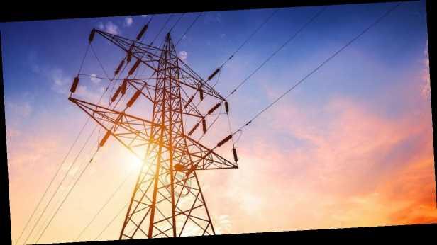 Рынок тока нестабилен, НКРЭКУ может обвалить цены еще на 20 коп, – Омельченко