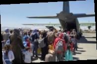 США договариваются с талибами о новых эвакуационных рейсах из Кабула