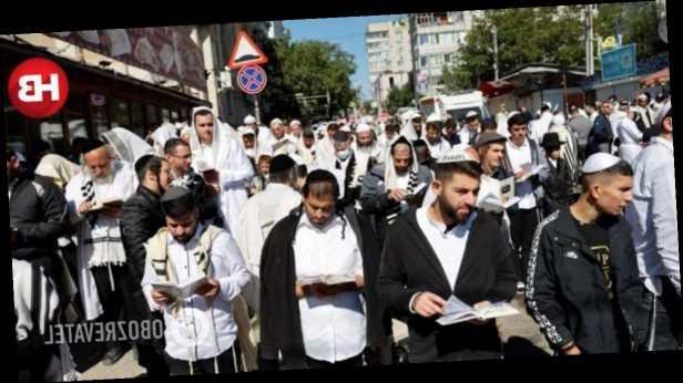 В Израиле зафиксировали массовое заражение COVID-19 среди вернувшихся из Умани паломников