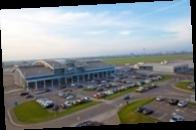 Аэропорт в Жулянах закроют на год