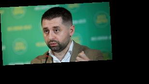 Андрей Юсов: Арахамия унизил украинцев и должен ответить за свои слова о »коррупции в ДНК украинцев»