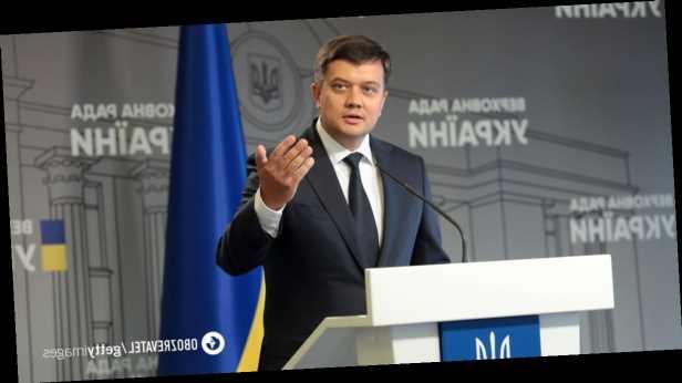 Разумков увеличил количество журналистов, работающих в Раде: 7 октября нардепы будут голосовать за его отставку